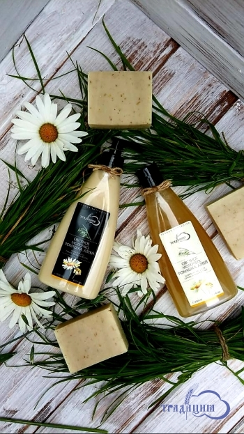 Бальзам для волос «Овсяное молочко, ромашка, алтей» для сухих, ломких волос и чувствительной кожи головы 250 мл.